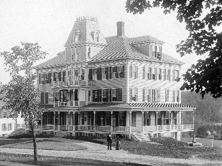 The first Dexter Richards Hall opened on September 6, 1892. It was a dormitory for girls during the school year and an inn in the summer when it was known as the Bird Village Inn. Through the work of naturalist Ernest Harold Baynes, the residents of Meriden, including KUA faculty and students, were drawn into his program of protecting birds throughout the year. Meetings held in the KUA Chapel led to the formation of the Meriden Bird Club on December 7, 1910, the first of its kind in America.