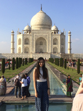 Amber Yu at the taj Mahal